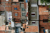 Magdalena Favela, Sao Paulo where families live in slum housing, Brazil. - Jess Hurd - 03-02-2005