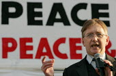 Craig Murray formerly the UKs Ambassador to Uzbekistan speaks at the Stop the War Coalition Bring the troops Home demonstration calling for an end to the occupation of Iraq. Supported by CND and MAB.... - Jess Hurd - 2000s,2005,activist,activists,anti war,Antiwar,CAMPAIGN,Campaign for nuclear disarmament,campaigner,campaigners,CAMPAIGNING,CAMPAIGNS,CND,Coalition,DEMONSTRATING,demonstration,DEMONSTRATIONS,Home,Huma