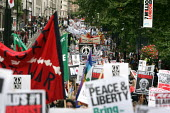Stop the War Peace and Liberty march. London. - Jess Hurd - 2000s,2005,activist,activists,anti war,Antiwar,CAMPAIGN,Campaign for nuclear disarmament,campaigner,campaigners,CAMPAIGNING,CAMPAIGNS,CND,DEMONSTRATING,demonstration,DEMONSTRATIONS,MAB,pacifism,peace,