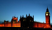 Sunset over the Palace of Westminster. London. - Jess Hurd - 27-10-2005