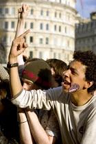Thousands give the finger to the BNP. Anti BNP Love music Hate Racism concert in Trafalgar Square. London. - Jess Hurd - 2000s,2006,ACE arts culture & entertainment,activist,activists,bigotry,BME Black Minority Ethnic,BNP,British National Party,campaign,campaigner,campaigners,campaigning,CAMPAIGNS,concert,CONCERTS,DEMOC