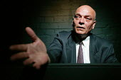 Waldemar Maxim performing as the judge. The play The Investigation a dramatic reconstruction of the Frankfurt War Crimes trials, based on the actual evidence given. The testimony, concerning Auschwitz... - Jess Hurd - 29-06-2006
