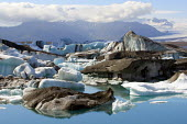 The rapidly expanding Jokulsar Lagoon with icebergs created from the retreating Breidamerkurjokull glacier which is an outlet glacier of Vatnajokull, the largest ice cap in Europe. Iceland. - Jess Hurd - 22-07-2006