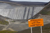 Construction of Europes largest dam project at Karahnjukar. Icelands hydroelectric potentialis being expoited by multinational corporations and the dams are designated solely to generate energy for a... - Jess Hurd - 25-07-2006