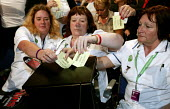 Nurses and Unison trade union members vote on an NHS motion at the Labour Party Conference 2006, Manchester. - Jess Hurd - 27-09-2006