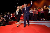Prime Minister Tony Blair at his last Labour Party Conference as leader. Manchester 2006. - Jess Hurd - 2000s,2006,applauding,applause,blair,cherie,Conference,conferences,Manchester,Minister,ovation,Party,POL Politics