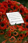 Wreath laid at Bethnal Green tube station in memory of the 173 people who died trying to enter the tube's bomb shelter on 3rd march 1943. It the deadliest civilian incident of World War Two. East Lond... - Jess Hurd - 03-03-2007