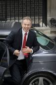 Tony Blair exits his official car outside Number 10 Downing Street as he resigns as British Prime Minister - Jess Hurd - 2000s,2007,Labour Party,Minister,outside,Street