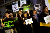NUJ and Amnesty International demonstrate outside the Pakistan High Commission for press freedom and against political repression. London. - Jess Hurd - 15-11-2007