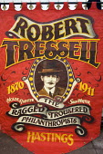 Robert Tressell, Ragged Trousered Philanthropist banner, Hastings. - Jess Hurd - 2000s,2007,activist,activists,author,AUTHORS,CAMPAIGN,campaigner,campaigners,CAMPAIGNING,CAMPAIGNS,DEMONSTRATING,demonstration,DEMONSTRATIONS,member,member members,members,people,protest,PROTESTER,PRO