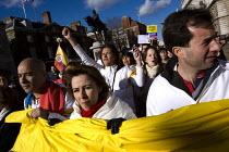 Anti Farc protest, London. - Jess Hurd - 2000s,2008,activist,activists,against,America,anti,armed,CAMPAIGN,campaigner,campaigners,CAMPAIGNING,CAMPAIGNS,Colombia,DEMONSTRATING,DEMONSTRATION,DEMONSTRATIONS,Farc,guerilla,guerillas,guerrilla,gue