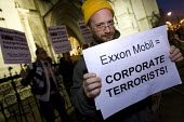 Hands off Venezuela protest as British, Dutch and US courts have accepted a compensation claim by ExxonMobil and frozen up to £12 billion worth of Venezuela's assets. HOV is calling for all supporter... - Jess Hurd - 2000s,2008,activist,activists,against,CAMPAIGN,campaigner,campaigners,CAMPAIGNING,CAMPAIGNS,claim,company,DEMONSTRATING,DEMONSTRATION,DEMONSTRATIONS,esso,Exxon,ExxonMobil,Hands,Mobil,oil,protest,PROTE