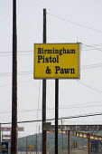 Birmingham Pistol and Pawn. Birmingham, Alabama, USA. - Jess Hurd - 17-06-2008