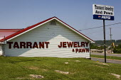 Tarrant Jewelry and pawn shop. Birmingham, Alabama, USA. - Jess Hurd - 17-06-2008