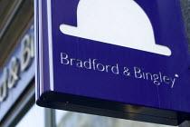 Bradford and Bingley Bank. London. - Jess Hurd - 2000s,2008,bank,banking,banking crisis,banks,cities,city,crisis,EBF,EBF Economy Business Finance,Economic,Economy,finacial,nationalisation,nationalise,SERVICE,SERVICES,urban