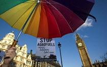 Stop Agrofuels, International Climate Protest, London. - Jess Hurd - 2000s,2008,activist,activists,agrofuel,agrofuels,biodiesel,biofuel,biofuels,campaign,campaigner,campaigners,campaigning,CAMPAIGNS,Change,Climate Change,co2,coal,color,colorful,colorfull,colors,colour,