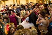 Irish travellers from Dale Farm celebrate a wedding. Ramada - Jess Hurd - 10-12-2008