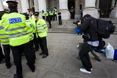 Photographer Shaune Curry AFP photographs City police in the City of London. - Jess Hurd - 27-02-2009