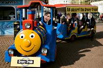 Vote for Change sponsored gravy train. Brighton. - Jess Hurd - 27-09-2009