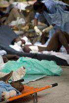Medecins Sans Frontieres field hospital. Port-au-Prince, Haiti earthquake - Jess Hurd - 19-01-2010