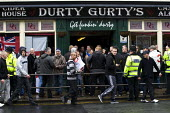 EDL members drink in Durty Gurty's public house before they march. English Defence League march in Bolton against Islamic Extremism is countered by Unite Against Fascism. - Jess Hurd - 2010,2010s,activist,activists,against,alcohol,bigotry,CAMPAIGN,campaigner,campaigners,CAMPAIGNING,CAMPAIGNS,Defence,DEFENSE,DEMONSTRATING,demonstration,DEMONSTRATIONS,DISCRIMINATION,EDL,English Defenc