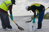 BP Gulf oil disaster clean up operation on Biloxi beach. Mississippi. USA. - Jess Hurd - 17-08-2010