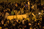 Uprising on the streets of Cairo against the dictatorship. Egypt. - Jess Hurd - 28-01-2011