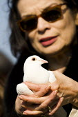 Releasing doves of peace. Bianca Jagger joins women on London Millennium Bridge and at bridges in more than 30 other countries on International Women Day centenary to demand that Afghan women sit as e... - Jess Hurd - 08-03-2011