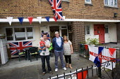 Royal wedding East End street party to celebrate the marriage of Prince William and Kate Middleton. Tower Hamlets, East London. - Jess Hurd - 2010s,2011,cities,city,council estate,council services,council estate,council services,Flag,flags,Housing Estate,LFL,LIFE,Lifestyle,local authority,marriage,Monarchy,nationalism,party,patriot,patrioti