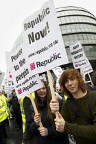 Republicans protest against The Queen's Thames Diamond Jubilee Pageant. City Hall, London. - Jess Hurd - 2010s,2012,activist,activists,against,anti,anti monarchy,anti royalist,CAMPAIGN,campaigner,campaigners,CAMPAIGNING,CAMPAIGNS,DEMONSTRATING,Demonstration,DEMONSTRATIONS,male,man,men,monarchy,people,per