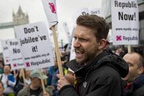 Republicans protest against The Queen's Thames Diamond Jubilee Pageant. City Hall, London. - Jess Hurd - 2010s,2012,activist,activists,against,anti,anti monarchy,anti royalist,CAMPAIGN,campaigner,campaigners,CAMPAIGNING,CAMPAIGNS,DEMONSTRATING,Demonstration,DEMONSTRATIONS,monarchy,Protest,PROTESTER,PROTE