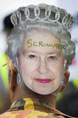 Scrounger. The Queen's Thames Diamond Jubilee Pageant. Republican protest, City Hall, London. - Jess Hurd - 2010s,2012,activist,activists,against,anti,CAMPAIGN,campaigner,campaigners,CAMPAIGNING,CAMPAIGNS,DEMONSTRATING,Demonstration,DEMONSTRATIONS,mask,masked,masks,monarchy,Protest,PROTESTER,PROTESTERS,prot