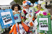 Break The Bag Habit, campaign to reuse plastic carrier bags and recycle plastic. The Campaign to Protect Rural England (CPRE), Keep Britain Tidy, the Marine Conservation Society (MCS) and Surfers Agai... - Jess Hurd - 09-10-2012