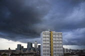 Storm clouds gather over Canary Wharf, London Docklands. - Jess Hurd - 2010s,2013,ACE,American,americans,apartment,apartments,architecture,bank,banking,banks,blocks,building,buildings,Canary Wharf,capitalism,capitalist,Citi,Citibank,cities,Citigroup,city,cityscape,citysc