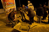 Residents fill sand bags ahead of storm surge Xaviar hitting Great Yarmouth, East Anglia. - Jess Hurd - 05-07-2007