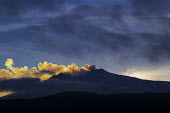 Mount Etna at sunset, Sicilly, Italy. - Jess Hurd - 16-01-2013
