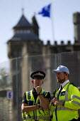 Policing around the security fence at Cardiff Castle, a NATO Summit venue, Cardiff, South Wales. - Jess Hurd - 31-08-2014