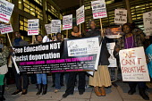 Protest over the killing of Jimmy Mubenga by G4S guards, the Home Office. International Migrants Day. Westminster. London. - Jess Hurd - 19-12-2014