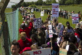 Surround Yarls Wood, End Detention. Set Her Free. Protest outside Yarls Wood Immigration Detention Centre against women in detention. Bedfordshire. - Jess Hurd - 06-06-2015