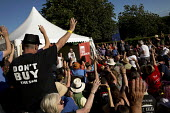 Jeremy Corbyn MP campaigning for Leader of the Labour Party at the Tolpuddle Martyrs Festival. Tolpuddle. Dorset. - Jess Hurd - 19-07-2015