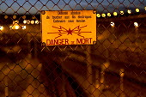 Electric fence Eurostar Terminal Calais France. - Jess Hurd - 01-08-2015