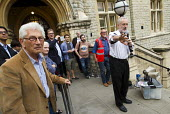 Jeremy Corbyn speaking to overflow of supporters outside Ealing Town Hall London before a Quiz Corbyn meeting inside - Jess Hurd - 17-08-2015