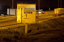 Migrants attempt to reach the fences Calais Eurostar Terminal France - Jess Hurd - 2010s,2015,asylum seeker,asylum seeker,BME black,border,border control,border controls,borders,crisis,Diaspora,displaced,ethnic,ETHNICITY,eu,Europe,european,europeans,eurozone,foreign,foreigner,foreig