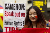 Pro China nationalists try to obscure Free Tibet human rights protest at state visit of Chinese president Xi Jinping London - Jess Hurd - 20-10-2015