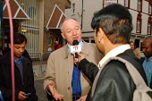 Ken Livingstone, Mayor of London, being interviewed by Bangla TV while at Brick Lane to switch on Eid lights to celebrate the beginning of the last week of Ramadan, Brick Lane, London. - James Jenkins - 19-11-2003