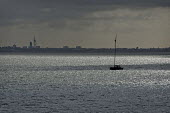 Sailing boat on Southampton Water. - Paul Carter - 03-05-2009