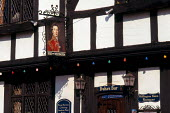 Front of timbered Tudor style pub in Southampton. - Paul Carter - 01-12-1998