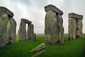 Ancient stone circle Stonehenge on the chalk down of Salisbury Plain, Wiltshire. - Paul Carter - 10-06-2003