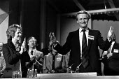 Michael Heseltine and Margaret Thatcher, Conservative Party Conference 1979. - John Sturrock - 1970s,1979,applauding,applause,Clap,clapping,claps,Conference,conferences,conservative,Conservative Party,conservatives,EMOTION,EMOTIONAL,EMOTIONS,FEMALE,male,Man,Margaret Thatcher,men,mp,mps,Party,pe