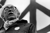 Michael Foot at a CND demonstration. - John Sturrock - 1980s,1981,activist,activists,Anti War,Antiwar,campaign,Campaign for Nuclear Disarmament,campaigner,campaigners,campaigning,campaigns,cnd,communicating,communication,conversation,DEMONSTRATING,demonst